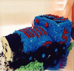 Custom Cake: Thomas Train